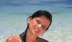 Tania, Seychelles Vice